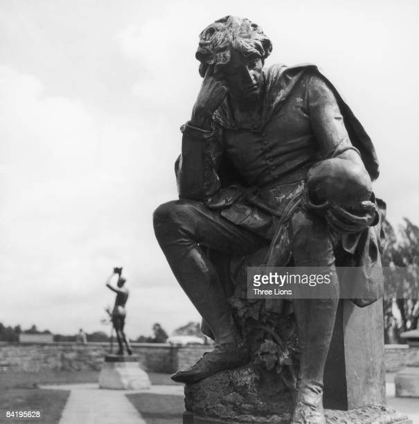 A statue of Hamlet Prince of Denmark in Stratford Park StratforduponAvon Warwickshire circa 1955 The park features sculptures of characters from...