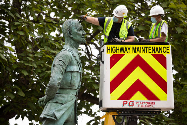 GBR: Parliament Square Statues Are Cleaned