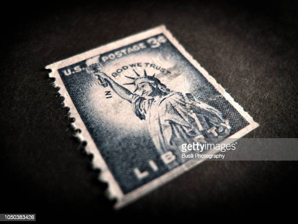 statue of liberty on old us 3 cents postage stamp - postage stamp stock pictures, royalty-free photos & images