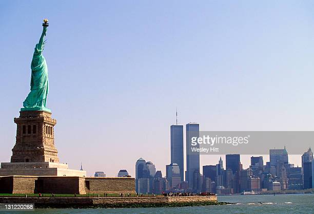 statue of liberty - world trade center manhattan stock pictures, royalty-free photos & images