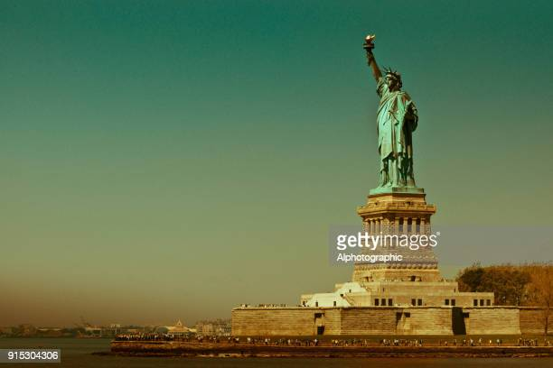 statue of liberty - symbolism stock pictures, royalty-free photos & images