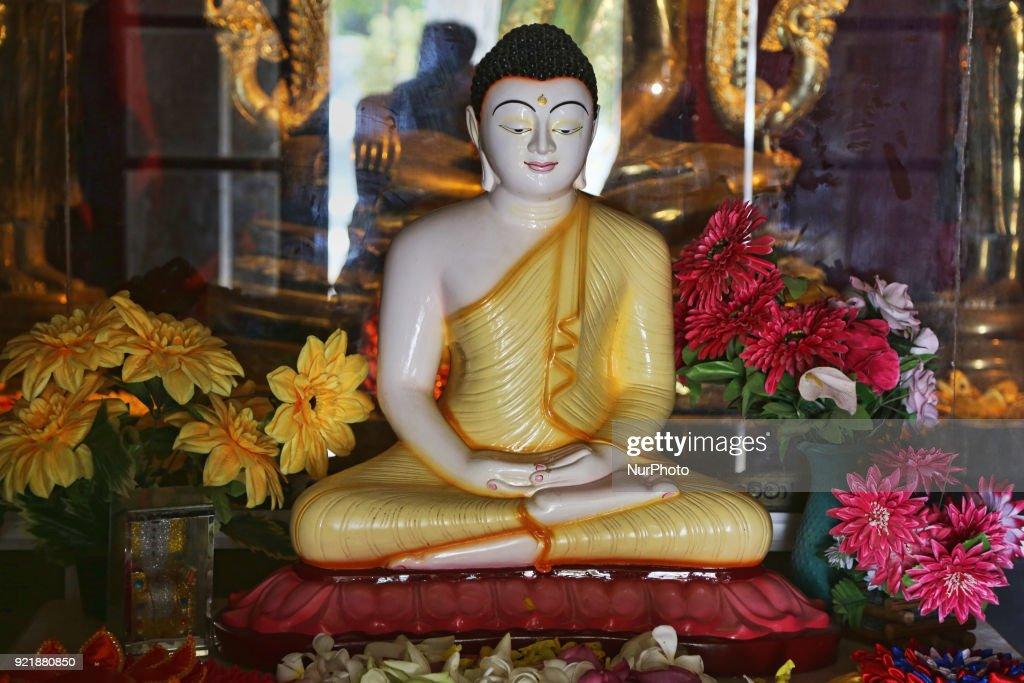 Statue of Lord Buddha at the Nagadipa Vihara (Nagadeepa Nainativu Buddhist Temple) on Nainativu Island in the Jaffna region of Sri Lanka.
