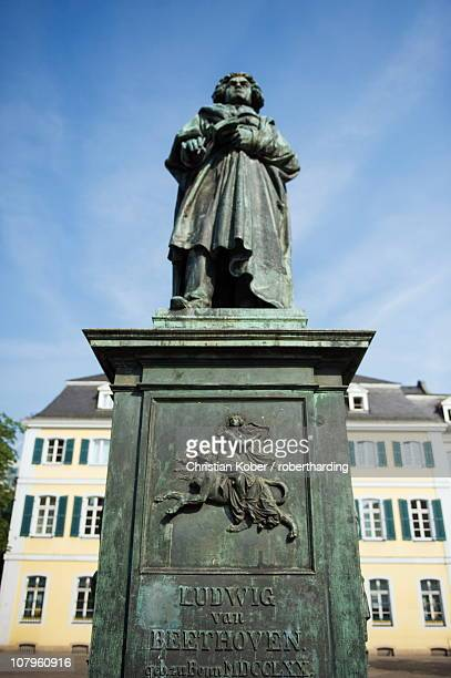 Statue of Ludwig Van Beethoven in front of the post office, Bonn, North Rhineland Westphalia, Germany, Europe