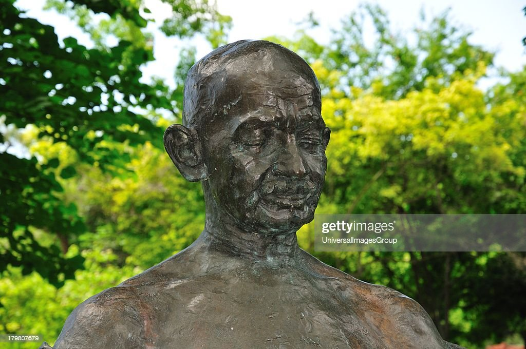 Statue of Mahatma Gandhi Pictures | Getty Images