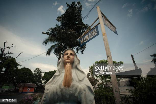 CEMETERY MANILA PHILIPPINES A statue of Mother Mary seen at the cemetery In the center of Pasay District of Metro Manila is a cemetery where over...