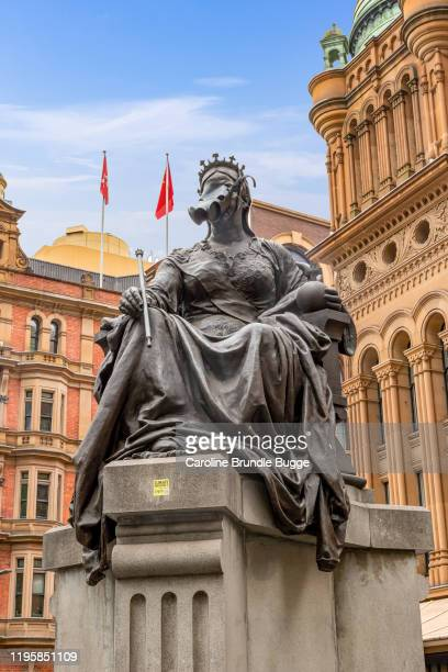 statue of queen victoria, sydney, australia - south australia stock pictures, royalty-free photos & images