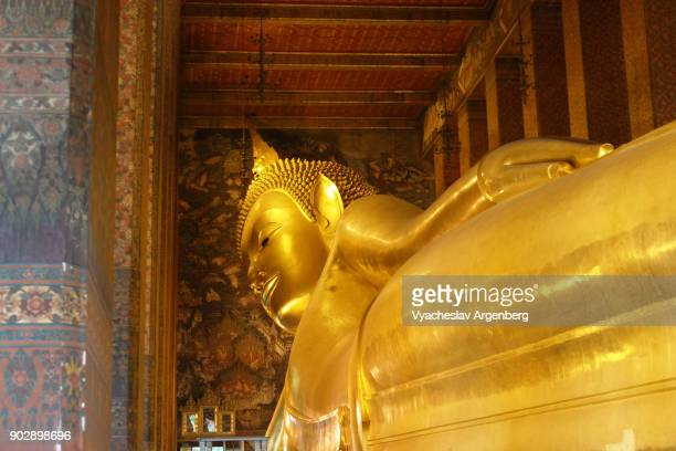 Statue of Reclining Buddha, Wat Pho, Bangkok, Thailand