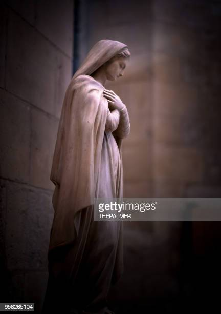 statue of religious woman sacre coeur - virgin mary stock pictures, royalty-free photos & images