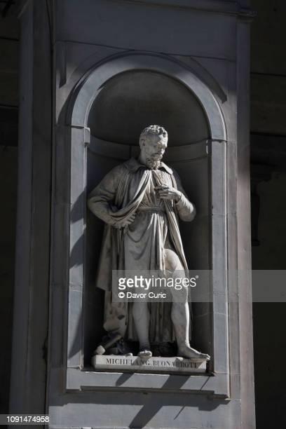Statue of sculptor Michelangelo Buonarroti