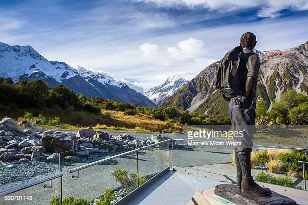 A statue of Sir Edmund Hillary.