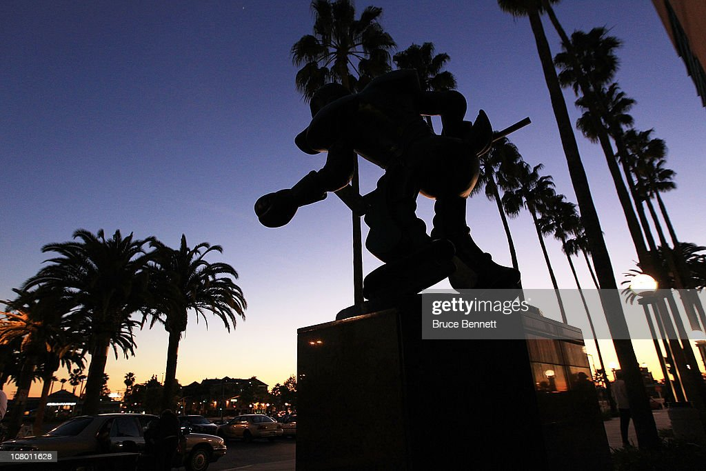 A Statue Of The Anaheim Ducks Mascot Wild Wing Stands In Front Of