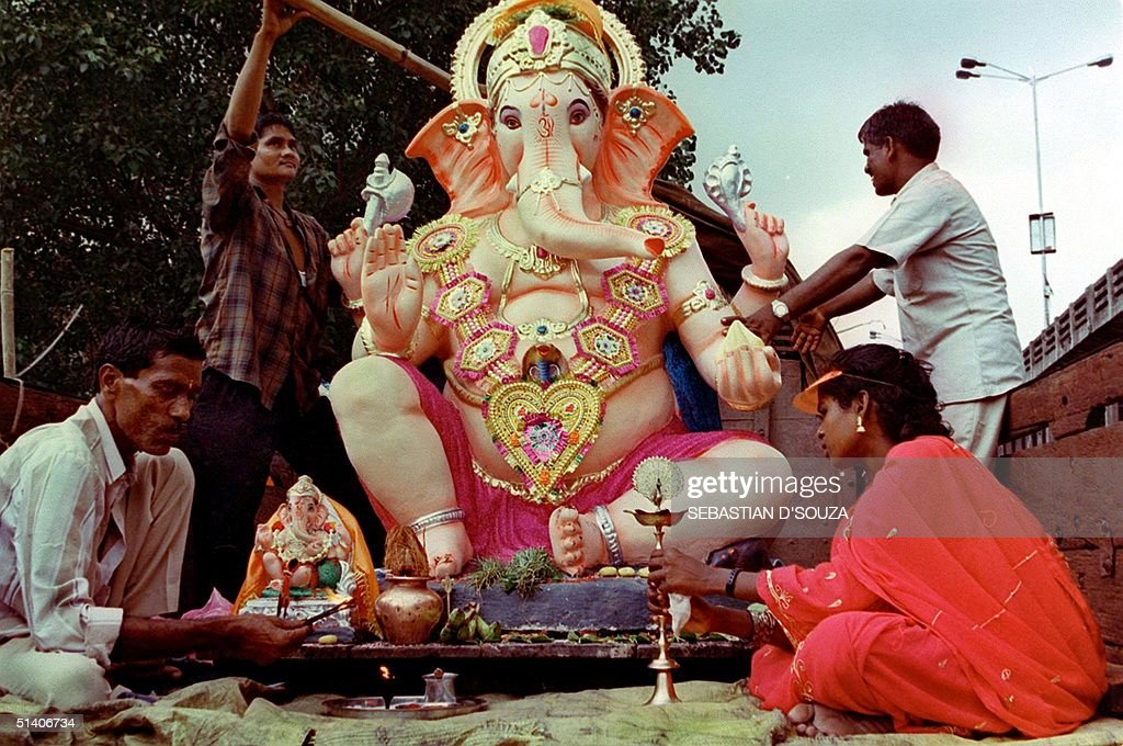 A statue of the elephant-headed Hindu god Lord Gan : News Photo