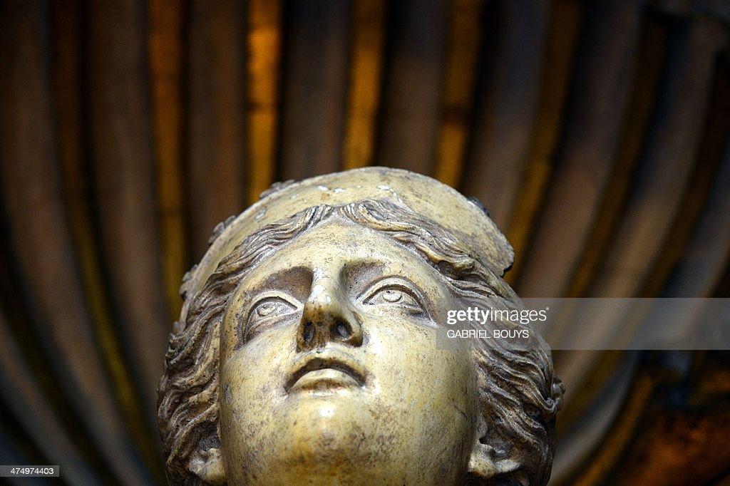 ITALY-FRANCE-FARNESE PALACE-CARRACCI : News Photo