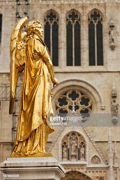 statue of the virgin mary in zagreb, croatia - cathedral stock pictures, royalty-free photos & images