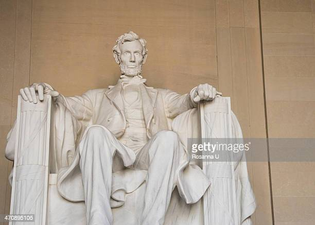 Statue of U.S. President Abraham Lincoln