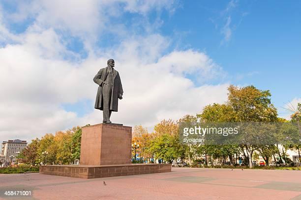 statue of vladimir lenin - syolacan stockfoto's en -beelden