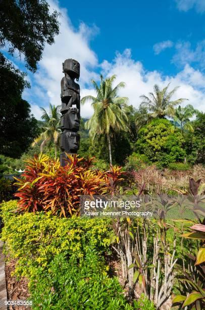statue | sarawak cultural village | kuching - sarawak state stock pictures, royalty-free photos & images