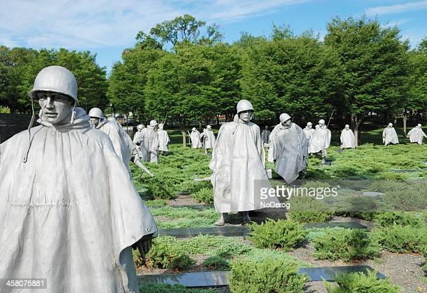 statues at korean war veterans memorial in washington - korean war memorial stock pictures, royalty-free photos & images