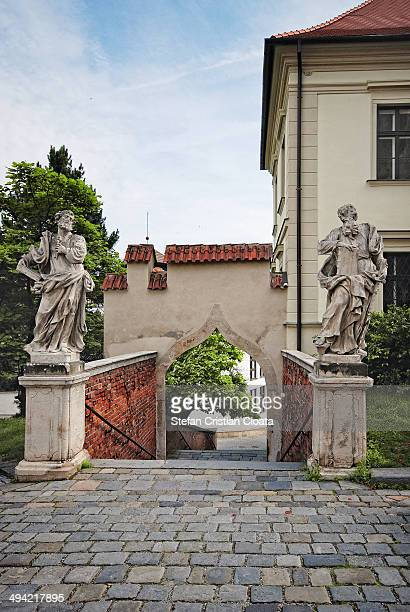 CONTENT] Statues guarding Spilberk Castle Brno is the second largest city in the Czech Republic