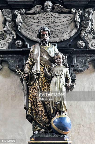 statues of jesus christ and saint joseph - 西フランダース ストックフォトと画像