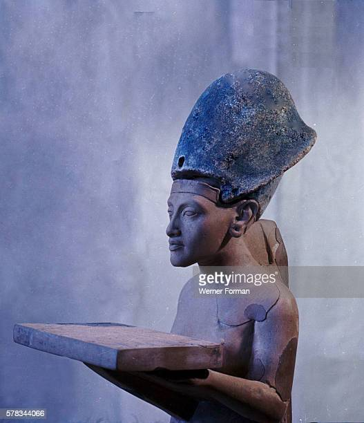 Statuette of Akhenaten making offerings to Aten It was discovered in a house in the residential area of Tell elAmarna Country of Origin Egypt Culture...