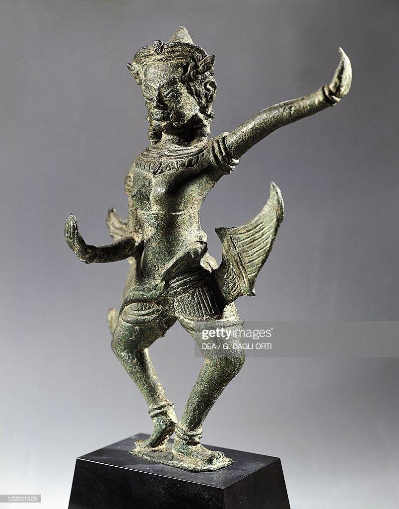Statuette representing an Apsaras (celestial nymph), bronze : News Photo