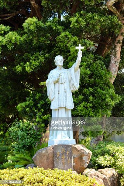 stature of st. francis xavier - shinichi igusa ストックフォトと画像