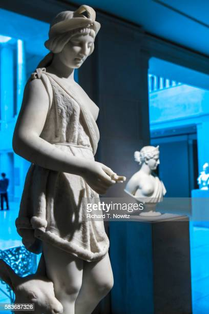 statute of pocahontas by joseph mozier - art institute of chicago stock pictures, royalty-free photos & images