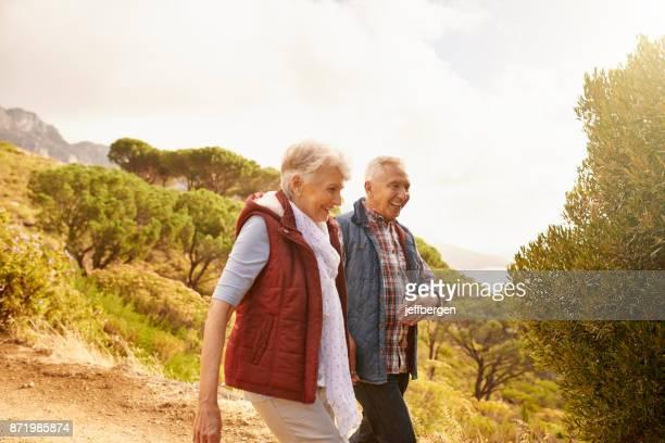 Rester actif et sur le pouce à travers leurs années seniors