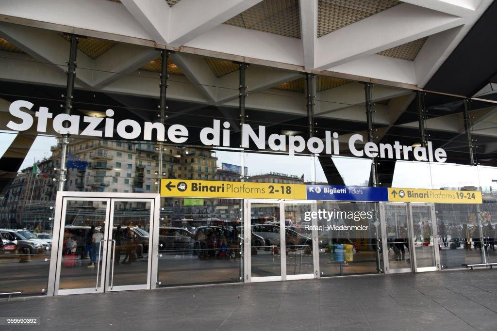 Stazione di Napoli Centrale : Stock-Foto