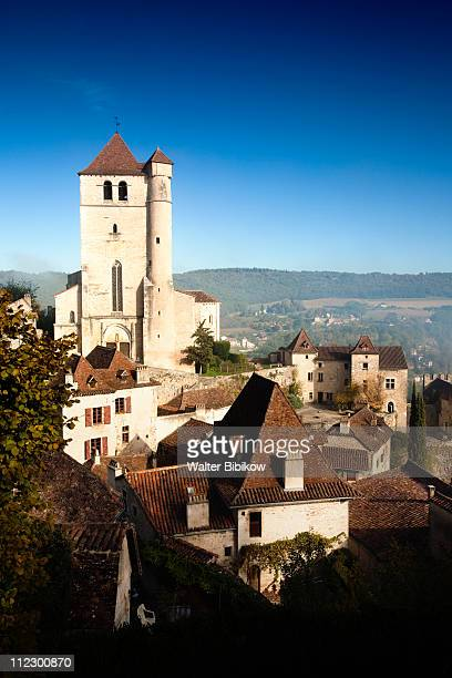st-cirq-lapopie, town and 15th century church - autumn winter fashion collection stock pictures, royalty-free photos & images