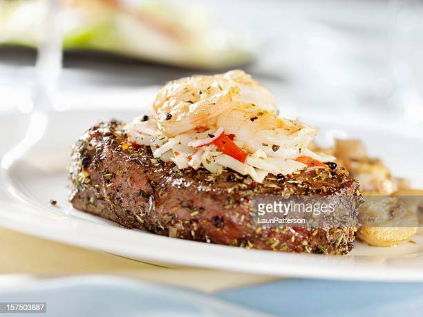 Steak Oscar mit Krabben und Garnelen