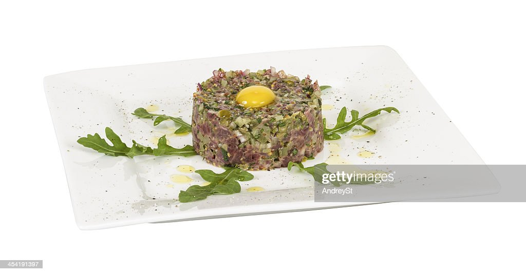 steak tartare mit Ei : Stock-Foto