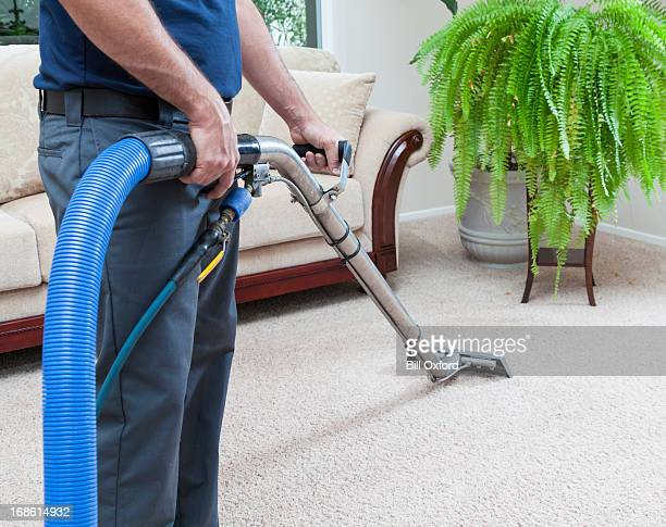 steam cleaning carpets - tapijt stockfoto's en -beelden