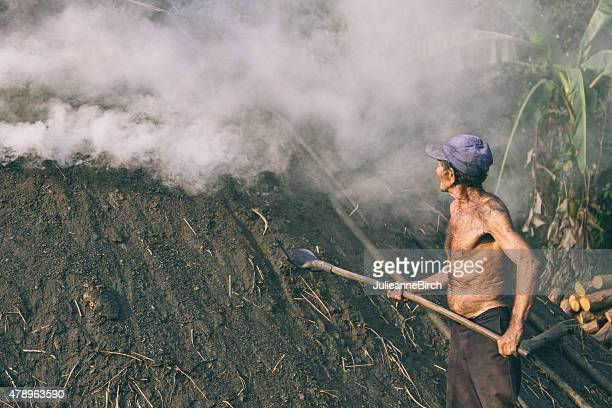 Dampfbad Eingießen von earth kiln