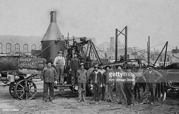 Steam powered equipment workers in Sioux City Iowa ca1910