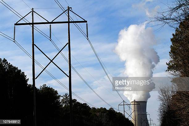 Steam rises from the cooling tower of Progress Energy Inc's Shearon Harris nuclear plant in New Hill North Carolina US on Sunday Jan 9 2011 Duke...