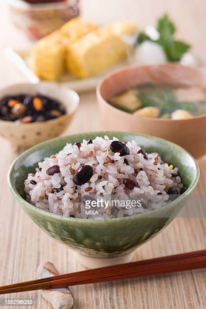 Steamed Mixed Millet and Rice with Side Dishes