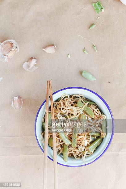 steamed noodles with flat beans