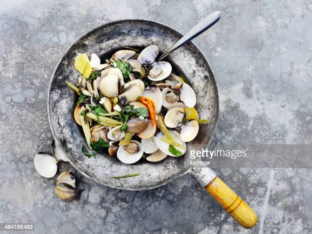steamed venus mussels - steamed stock pictures, royalty-free photos & images