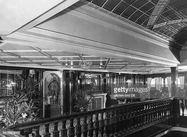 Steamship 'Columbus' of the shipping company Norddeutscher Lloyd Parlor with seating furniture at the first class Photographer Heinrich Engelke...
