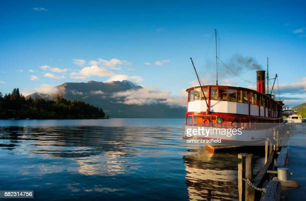 steamship ss earnslaw and lake wakatipu at dawn - ship funnel stock photos and pictures