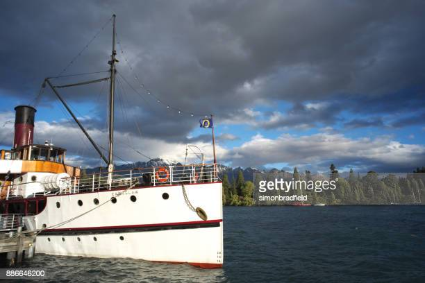 steamship ss earnslaw in queenstown, new zealand - ship funnel stock photos and pictures