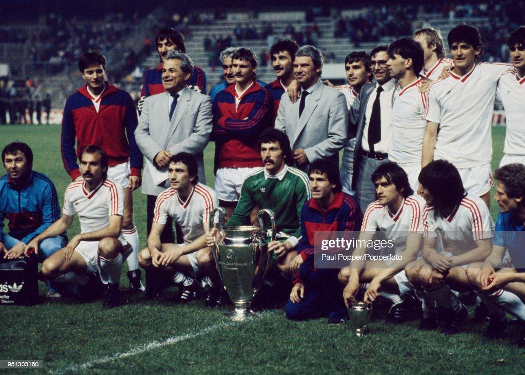 Steaua Bucureti v Barcelona - 1986 European Cup Final : News Photo