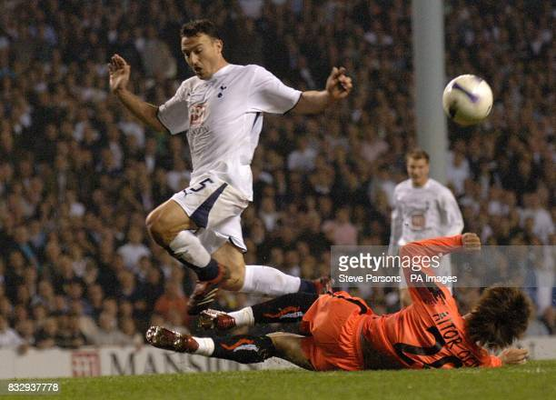 Steed Malbranque Tottenham Hotspur and Carrion Aitor Ocio Sevilla battle for the ball