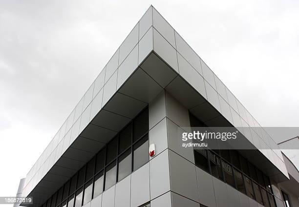 Bâtiment de verre et d'acier