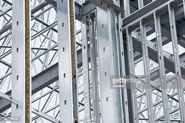 Vigas de aço em obra (XXL