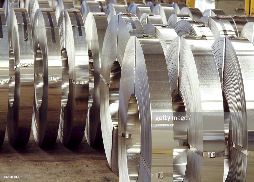 Steel Federn In einer Fabrik : Stock-Foto