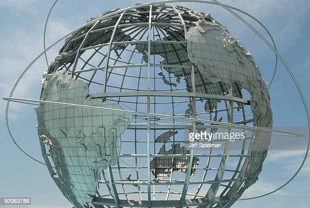 steel globe - the unisphere, queens, new york city - flushing queens stock pictures, royalty-free photos & images
