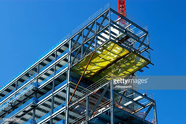 steel modular structure - erection stock pictures, royalty-free photos & images